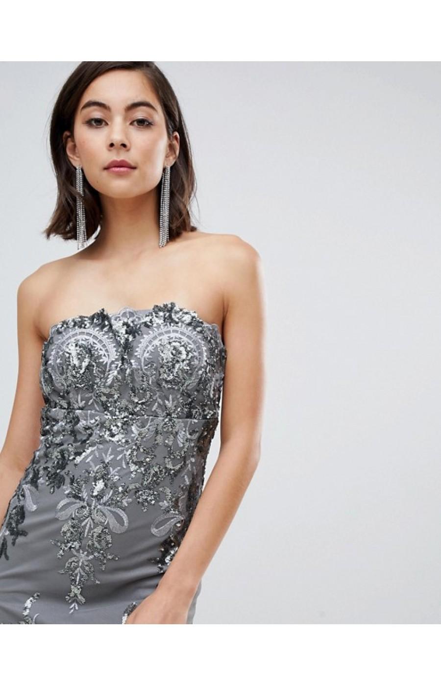 Μακρύ επίσημο γκρί ασημί φόρεμα με δαντέλα