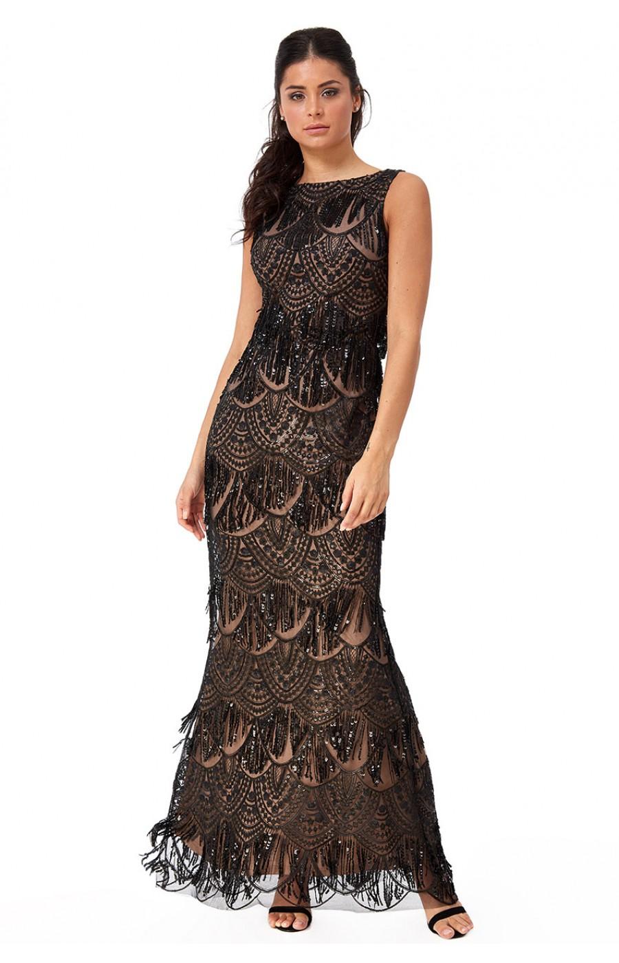 Επίσημο μαύρο φόρεμα με κρόσια και δαντέλα