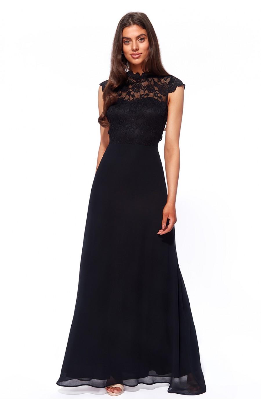 Μακρύ ανάλαφρο σιφόν φόρεμα με μαλακή δαντέλα και ανοικτή πλάτη