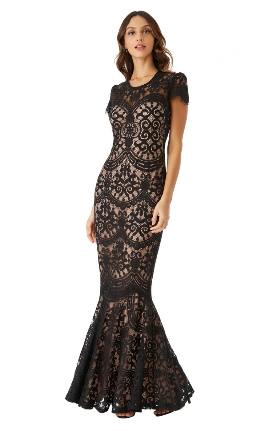 Μαύρο δαντελένιο φόρεμα με μανικάκι