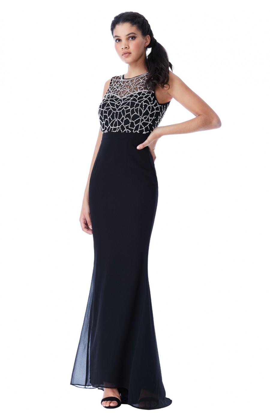 Μαύρο επίσημο φόρεμα με χειροποίητο κέντημα