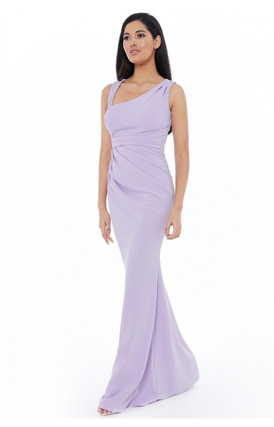 Μακρύ φορεμα με ασύμετρο ντεκολτέ στο χρώμα της λεβαντας