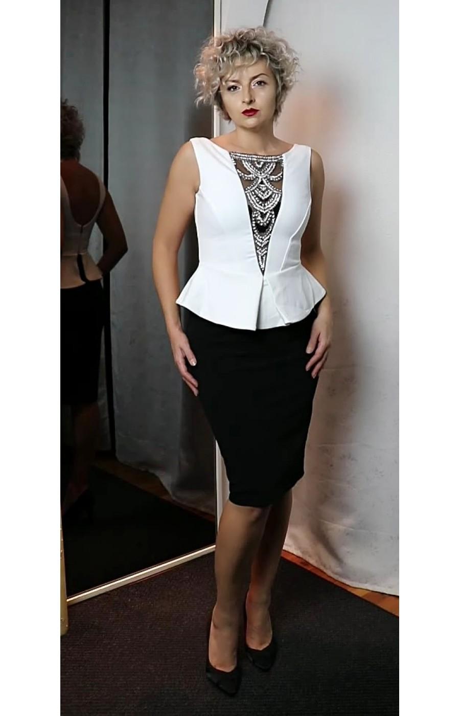 Μίντι φόρεμα σε άσπρο-μαύρο
