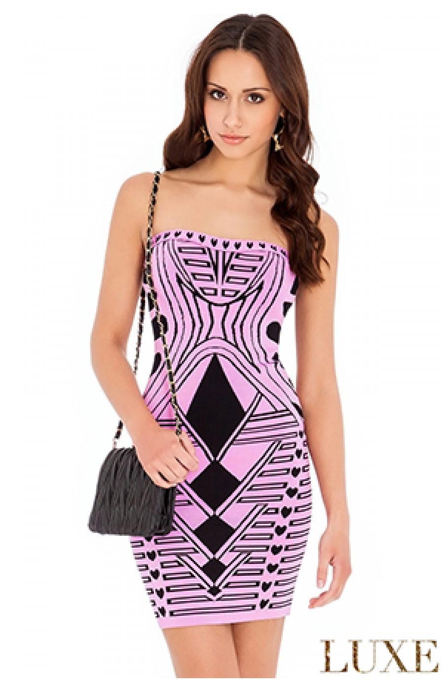 Ροζ λαστιχωτό φόρεμα