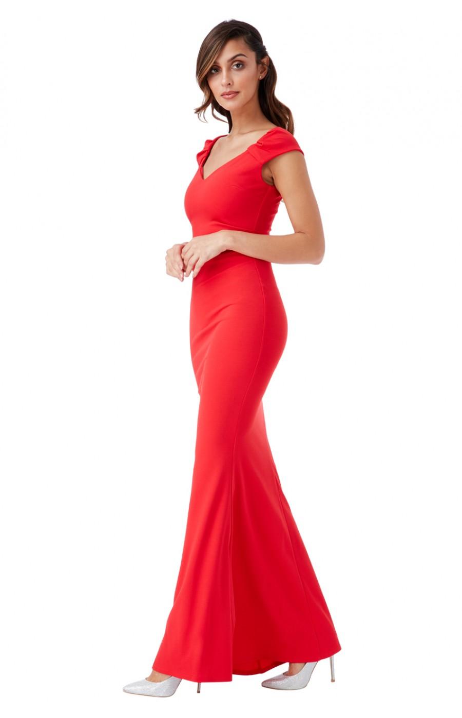 Μακρύ κόκκινο φόρεμα