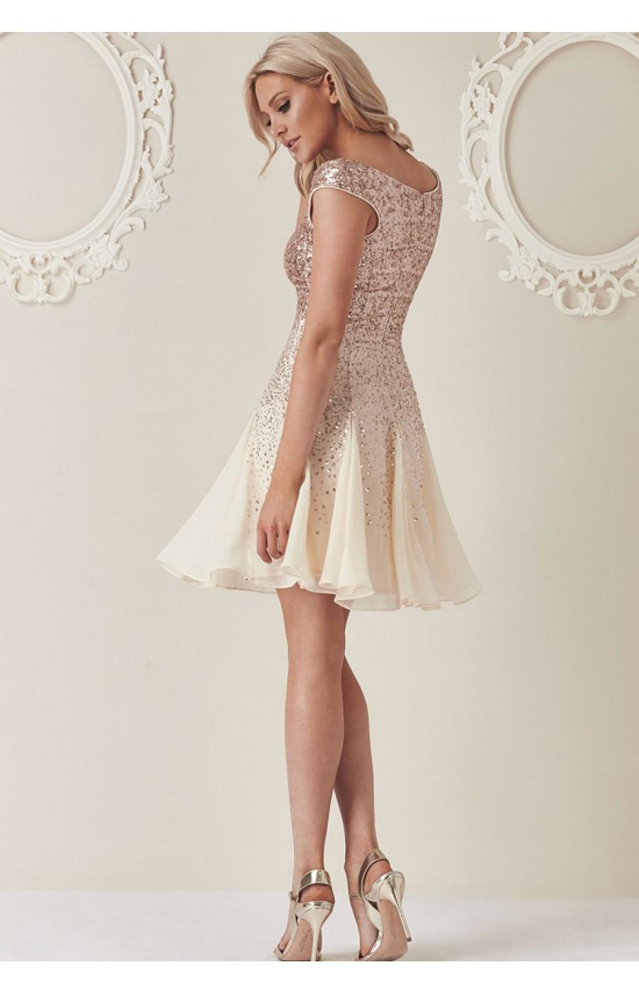 Μίνι φόρεμα με παγιέτες και σιφόν