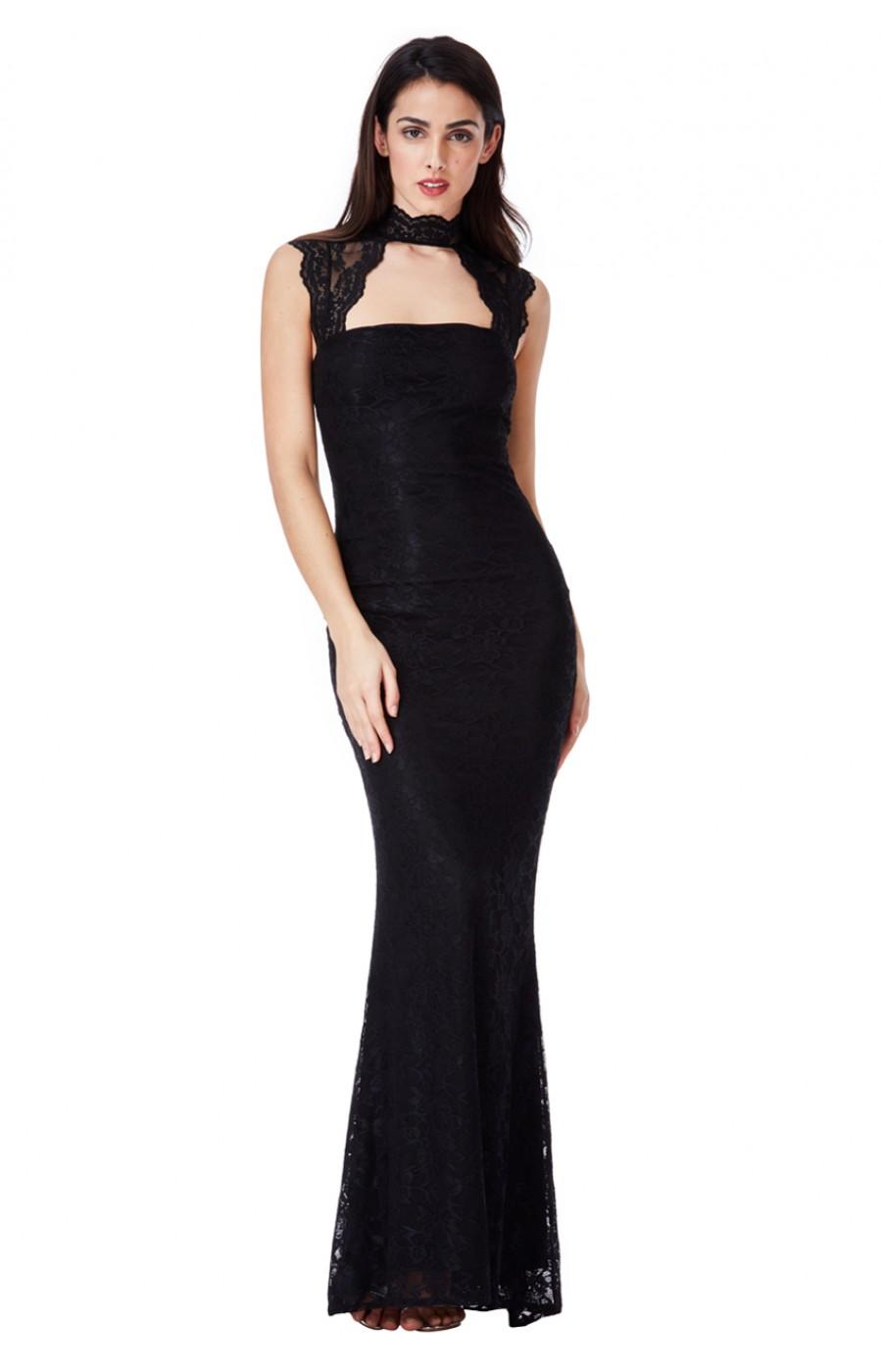 Μακρύ μαυρό δαντελένιο φόρεμα