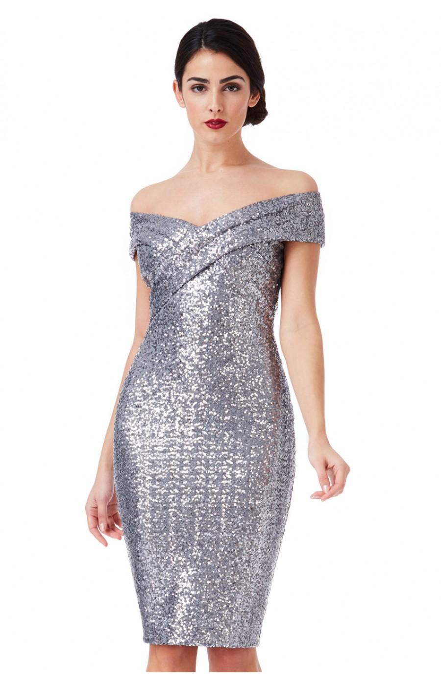 Ασημένιο φόρεμα με πούλιες