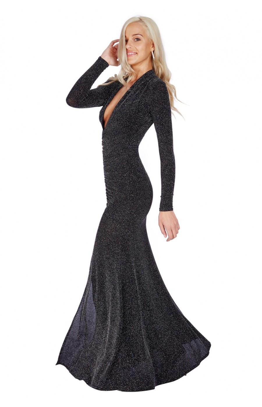 Μακρύ μαύρο ελαστικό φόρεμα