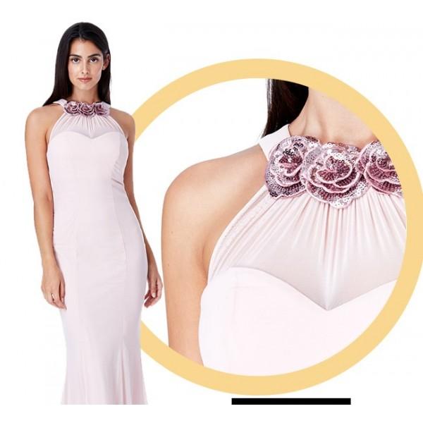 Μακρύ σιφόν φόρεμα με λεπτομερειες λουλουδια στο λαιμο