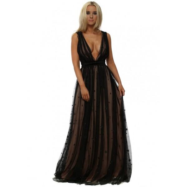 Αέρινο μακρύ φόρεμα με λεπτομέρειες από αστέρια