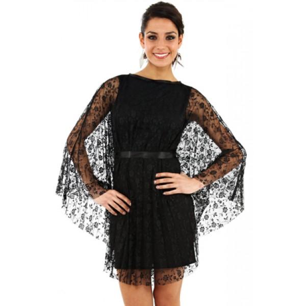 Φόρεμα τύπου νυχτερίδα  με ζωνάκι σατέν στη μέση