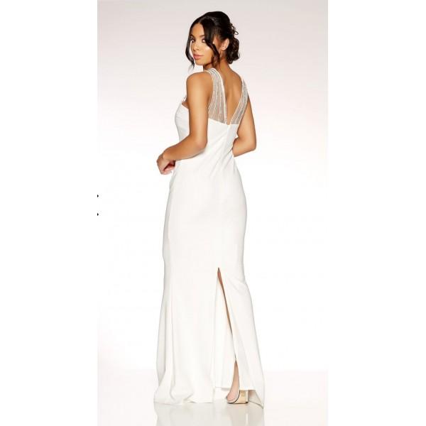 Μακρυ λευκο φορεμα με λεπτομερειες απο κεντημενα στρας